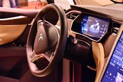 特斯拉模型x 90D汽车内部  免版税库存图片