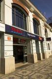 特易购在超级市场大厦的公司商标2017年3月3日在布拉格,捷克共和国 免版税库存照片