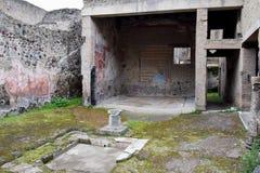 水特点和大厦,赫库兰尼姆考古学站点,褶皱藻属,意大利 库存图片