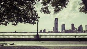 从巴特里公园的新泽西视图 免版税库存照片