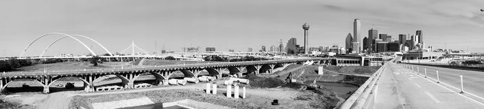 特里尼蒂河跨接Contruction达拉斯得克萨斯运输Ro 免版税图库摄影