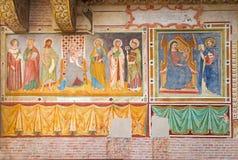特雷维索,意大利- 2014年3月18日:玛丹娜和圣徒的壁画在圣尼古拉斯或圣Nicolo教会 免版税库存照片