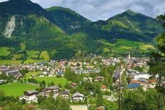 巴特霍夫加施泰因,从Schlossalm的方式到巴特霍夫加施泰因,奥地利 图库摄影