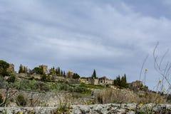 特鲁希略角城堡看法在卡塞里斯,西班牙省的  免版税库存图片