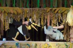 犀牛和长颈鹿 库存图片