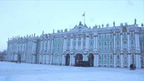 状态埃尔米塔日博物馆在冬天 股票视频