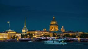 状态埃尔米塔日博物馆的晚上视图在圣彼德堡 影视素材