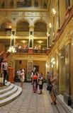 状态学术歌剧和芭蕾舞团,利沃夫州,乌克兰内部  免版税库存照片