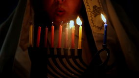 犹太假日光明节menorah背景有人背景