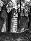 犹太墓地的墓石 免版税库存图片