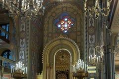 犹太教堂珊瑚的内部在犹太教堂珊瑚的RomaniaThe内部的布加勒斯特市在布加勒斯特市在罗马尼亚 免版税库存图片