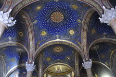 犹太教堂的圆顶 免版税库存图片