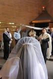 犹太新娘在她的婚礼之日 免版税库存照片