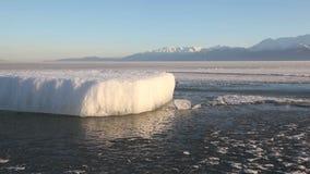 犹他湖结冰的冰大块紧紧 影视素材