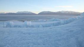 犹他湖结冰的冰床移动式摄影车2 股票录像
