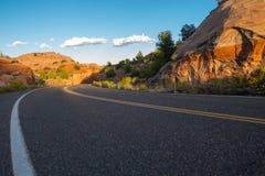 犹他高速公路12百万美元路低角度 图库摄影