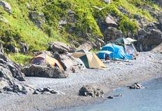 狂放旅游野营在俄国储备的沙漠海滩 免版税库存图片