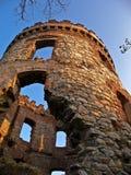 狂放的城堡废墟 库存图片
