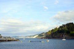 狂放的海岸风景在mutriku 库存图片