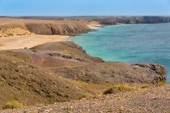 狂放的海滩在兰萨罗特岛 免版税图库摄影