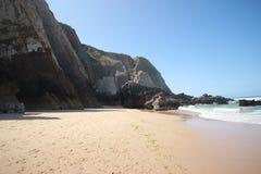 狂放的海滩在葡萄牙 库存图片