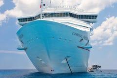狂欢节在加勒比停住的自由船 免版税图库摄影