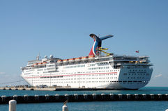 狂欢节巡航想象力船 免版税图库摄影