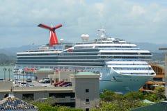 狂欢节自由靠码头在圣胡安 免版税图库摄影
