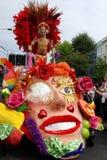 狂欢节舞蹈演员小山notting的伦敦 免版税库存图片