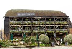 狄更斯旅馆,历史客栈在伦敦 免版税库存图片