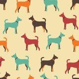 狗剪影的动物无缝的传染媒介样式 免版税库存照片