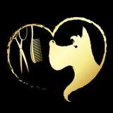 狗在心脏、剪刀和梳子里 皇族释放例证