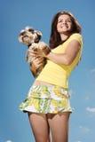 狗女孩微笑 免版税图库摄影
