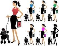 狗方式走的妇女 免版税库存照片