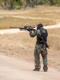 狙击手在工作 库存照片