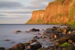 狩猎峭壁- Huntcliff - Saltburn - Saltburn由这海 免版税库存照片
