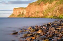 狩猎峭壁- Huntcliff - Saltburn - Saltburn由这海 图库摄影