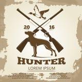狩猎葡萄酒与枪、狗和鸭子的海报设计 向量例证