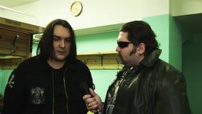 独奏者摇滚乐队Kukryniksy亚历克斯Gorshenev接受采访后台夜总会人 信号交换 影视素材