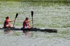 独木舟女性马拉松 库存图片