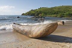 独木舟独木舟传统的马拉维 图库摄影