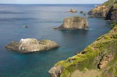 独特的岩石,诺福克岛 免版税库存照片