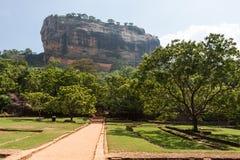 独特的狮子岩石在锡吉里耶,斯里兰卡 免版税图库摄影
