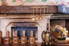 独特的种族餐馆内部 设计传统 乌克兰农村样式和装饰 欧洲,乌克兰 图库摄影