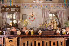 独特的种族餐馆内部 设计传统 乌克兰农村样式和装饰 欧洲,乌克兰 库存照片