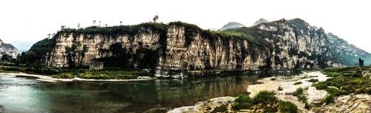 独特的自然美好的风景在十渡保护区域 免版税库存照片