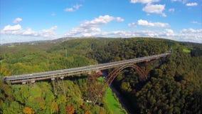 独特的高桥梁350 ft空中蒸汽的火车,铁路连接点 股票录像