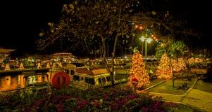 独立和圣诞灯在布里季敦,巴巴多斯 免版税库存图片
