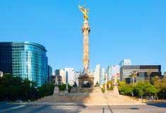 独立天使在Paseo de la Reforma的在墨西哥城 免版税库存图片