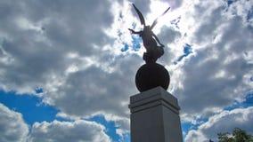 独立timelapse的纪念碑 哈尔科夫,乌克兰 影视素材